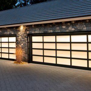 legacy_garage_doors_kelowna_aluminum_esteem