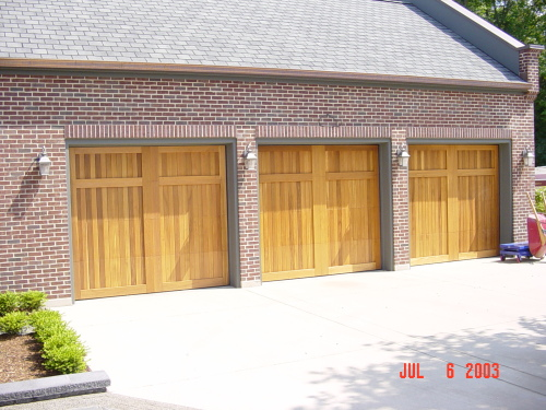 legacy_garage_doors_kelowna_custom_wood_150