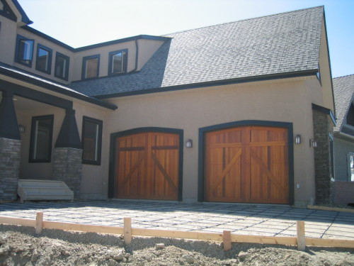 legacy_garage_doors_kelowna_custom_wood_250
