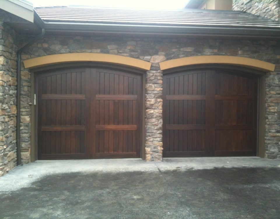 legacy_garage_doors_kelowna_custom_wood_custom_h