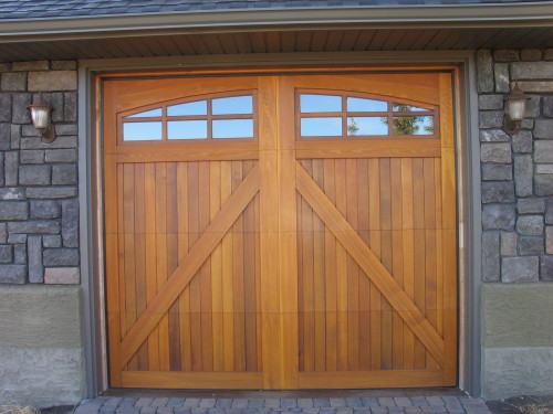 legacy_garage_doors_kelowna_second_custom_wood_550_plus