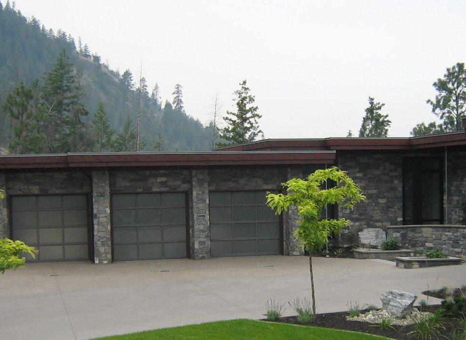 Aluminum Garage Doors - Kelowna Garage Doors